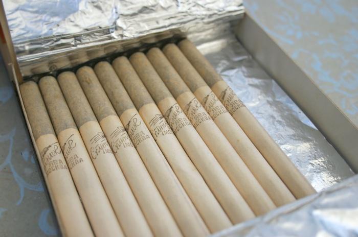 papirossi zigaretten smokerscult. Black Bedroom Furniture Sets. Home Design Ideas